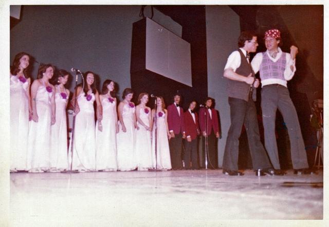 Expresión 6 1974 Andrés Bermea y Alfonso González